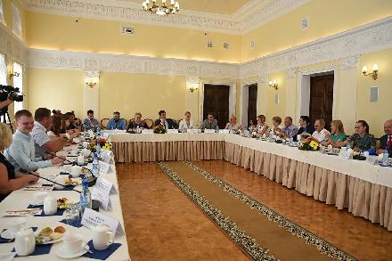 Мэр Вологды встретился с представителями «третьего сектора»